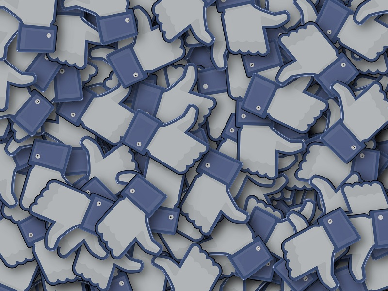 corporate social medias race communications - Corporate Social Medias - What Are They And Why Use Them?